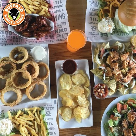 ‪Buffalo Wings & Rings‬