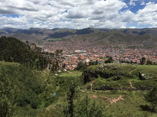 Q'enqo: And check out Cusco city from there