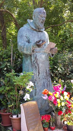 Gabicce Mare, Italia: Monumento a Padre Pio