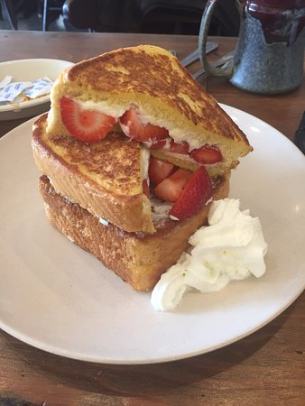 Ashland, Μασαχουσέτη: My stuffed french toast