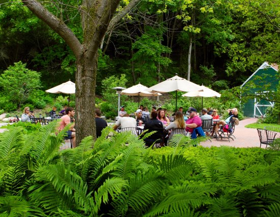 Ice House BBQ: Inside, Gardenside & Tented Deck Dining