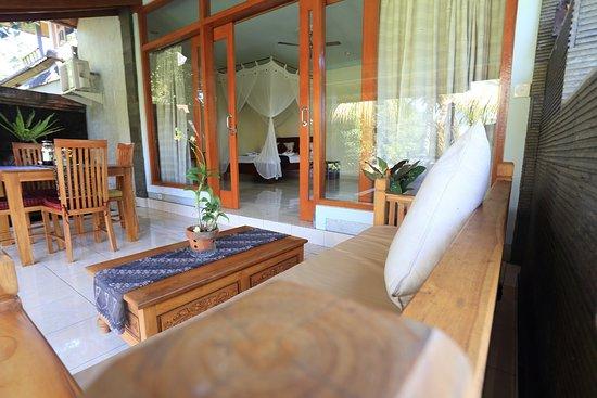 Bali Putra Villa: Terrace
