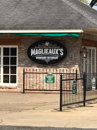 ‪‪Natchitoches‬, لويزيانا: Maglieaux's‬