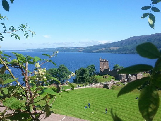 Loch Ness: Urquhart castle view!!!