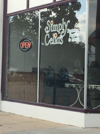 Wayland, MI: Simply Celia's