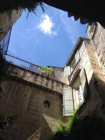 L'Albiousse : Parties de façades cour intérieure : le reste est à découvrir ...