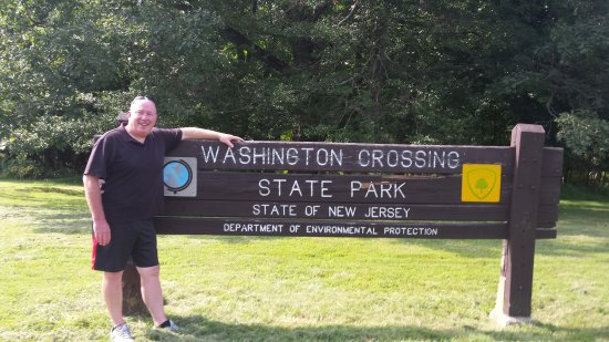 Washington Crossing State Historic Park: Daddy visiting George Washington
