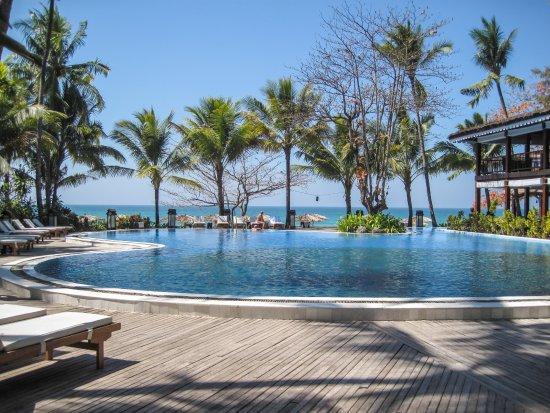 Sandoway Resort: Pool