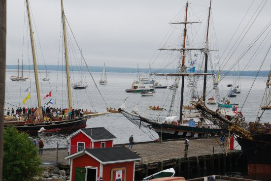 Lunenburg, Canadá: loved the tall ships