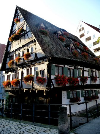 the leaning house ulm germany top tips before you go with photos tripadvisor. Black Bedroom Furniture Sets. Home Design Ideas