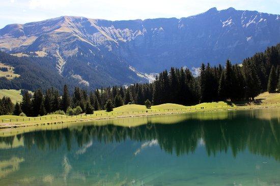 Javen d'En Haut : Le Lac de Javen