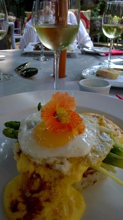 The Red Pump Inn & Restaurant: Bubble & Squeak, presented with flair!