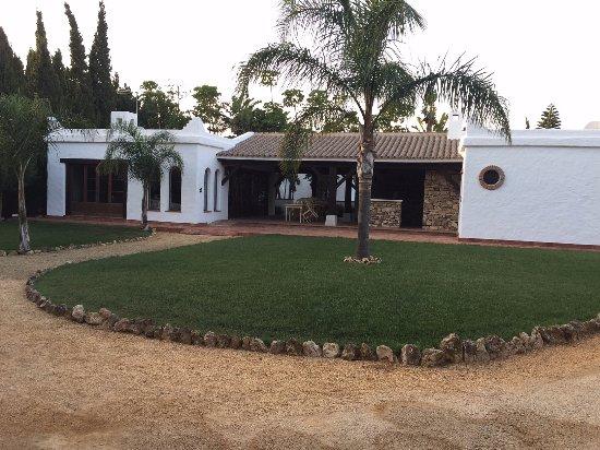 Hacienda Roche Viejo: Entorno dentro de la Hacienda