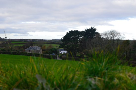 Veryan in Roseland, UK: These beautiful countryside views can be enjoyed from the 'Garden Room'.