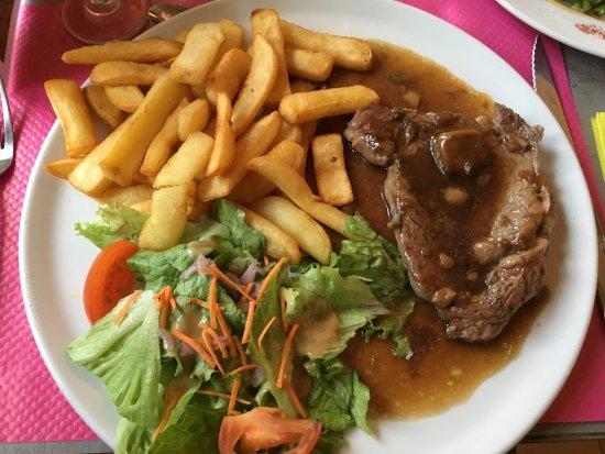Borreze, Francia: Entrecôte sauce aux cèpes