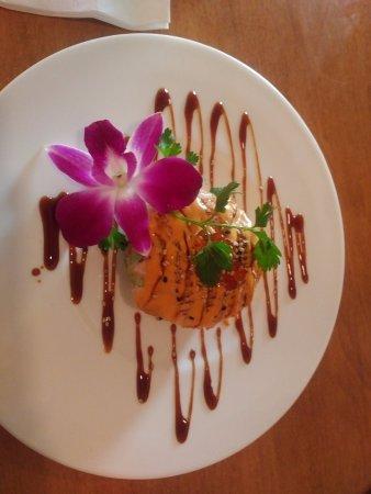 Ashland, MA: Crispy Salmon Salad