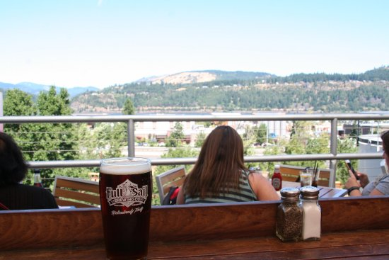 Full Sail Brewing Co: the view