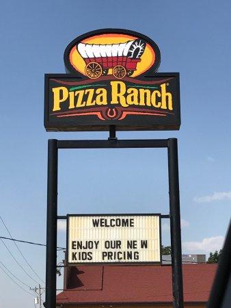 Story City, ไอโอวา: Pizza Ranch