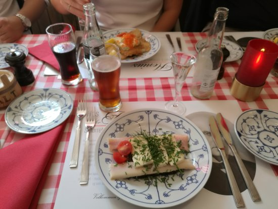 Hos Isidor Henius: Very traditional danish lunch restaurant. Perfect for weekends as a good kick start with snaps a