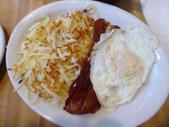 Toppenish, WA: bacon, egg & hash browns
