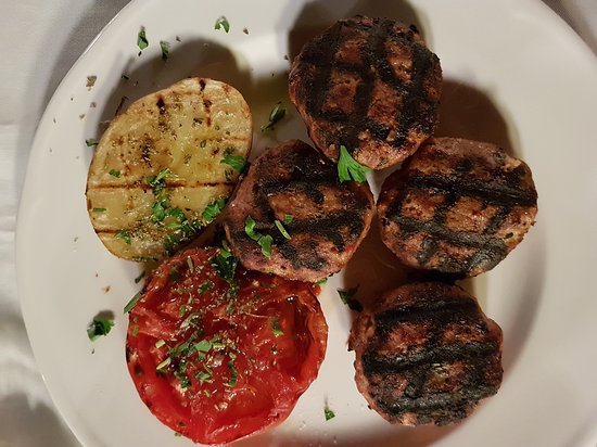 Anna's Restaurant: 20170905_210348_large.jpg