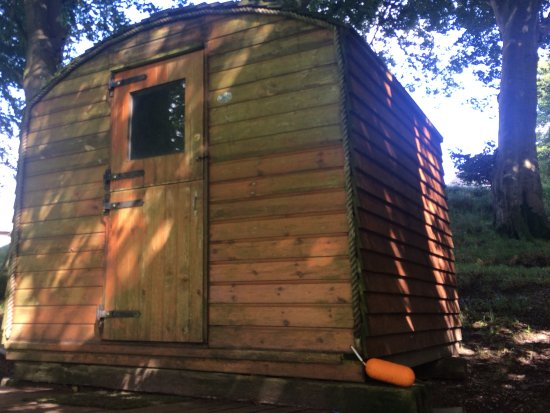 Denbigh, UK: Shepherds hut