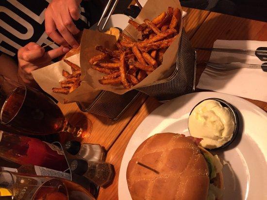 Bronx Burger: photo0.jpg