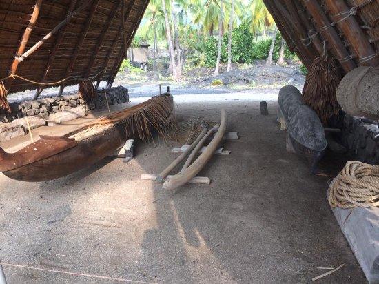 Honaunau, HI: Ocean going canoes