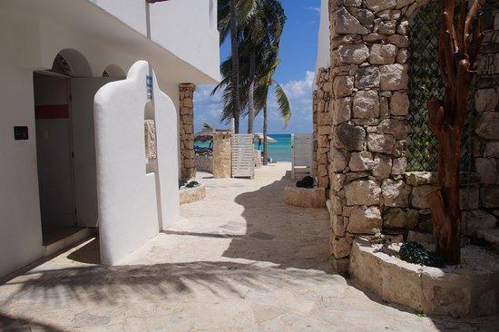 Pelicano Inn Photo