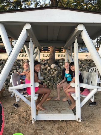 Crooked Lake Resort: 2017 Labor Day with the family...