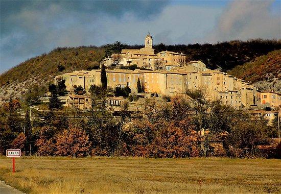 Banon, Francia: le village