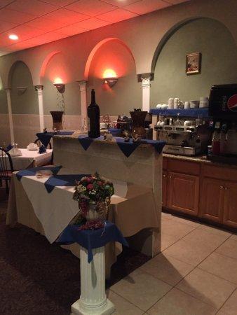 Carteret, Nueva Jersey: Riuniti Pizza & Restaurant