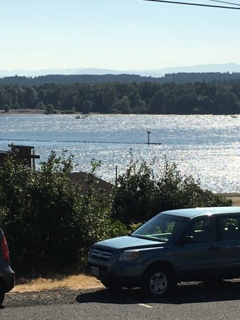 Saint Helens, Oregon: We came by boat and spent the night! Great destination for boaters!