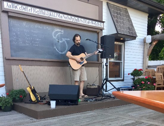 SchoolGrounds Cafe: Songs on the patio Friday evenings