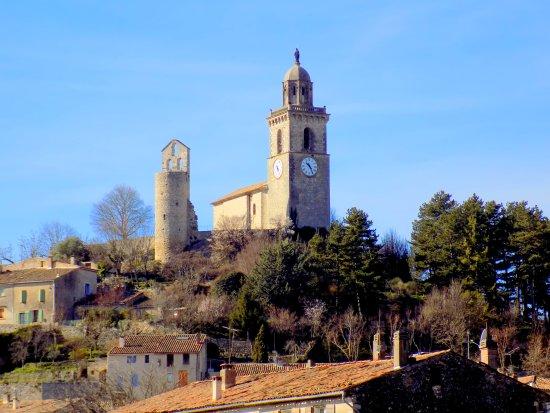 Reillanne, فرنسا: le village