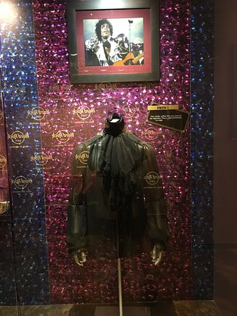 Hard Rock Cafe Mall of America: photo0.jpg