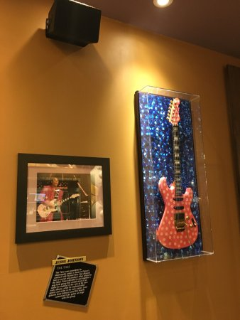 Hard Rock Cafe Mall of America: photo3.jpg