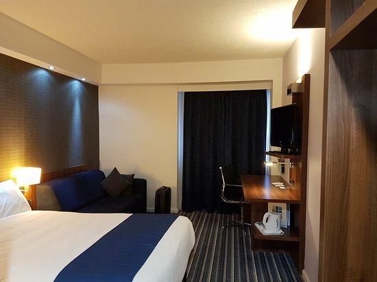 Holiday Inn Express Belfast City Queens Quarter: 20170904_145704_large.jpg