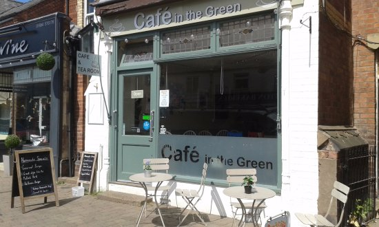 Cafe in the Green: The front of the cafe bathed in sunshine