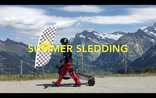 Grindelwald, Suisse : Summer Sledding Männlichen – Enjoy +6 km exciting, safe summer sledding fun - a world exclusivit