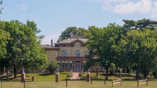 Villa Louis West Side