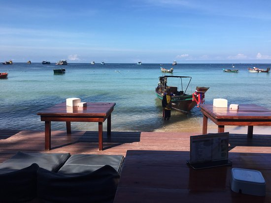 Blue Wind Resort: Another stunning view from the bar