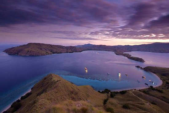 Wanua Adventure Komodo Tours