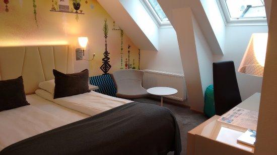 Quality Hotel Waterfront Alesund: camera in mansarda