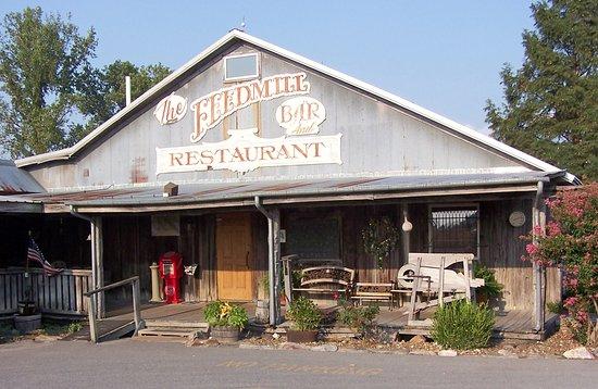 Morganfield, KY: Restaurant exterior