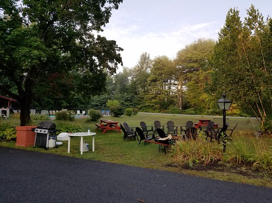 Lake Luzerne, NY: Frint house and fire pit