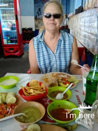 Los Algodones, México: lunch at Molcas taco stand