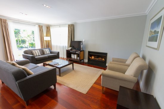 Russell Cottages: Lounge area