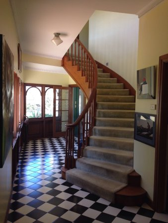 Beautiful home with friendly owner