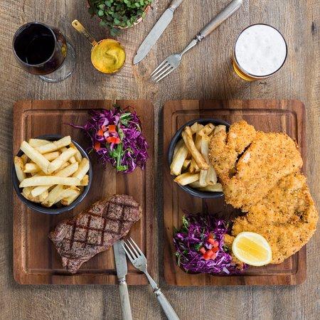Narellan, أستراليا: A deilcious range of daily specials on offer.